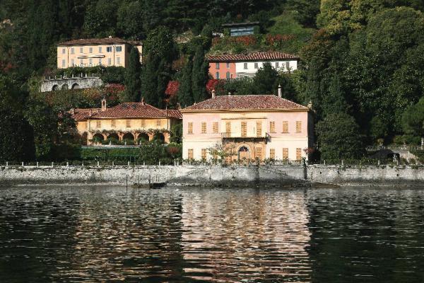 La famiglia Muggiasca a Villa Pizzo