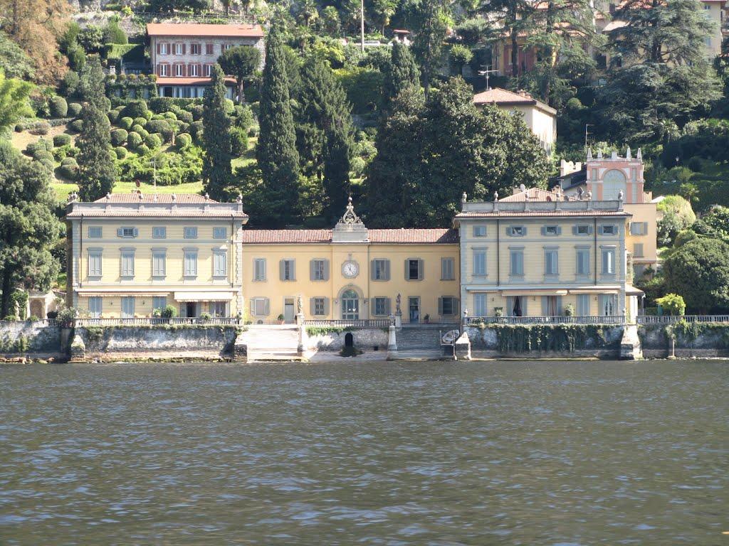 Cenni storici di Villa Taverna