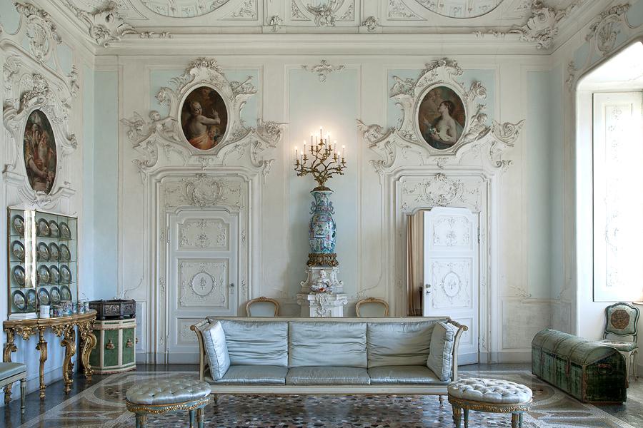 All'interno di Villa Serbelloni Sola Cabiati