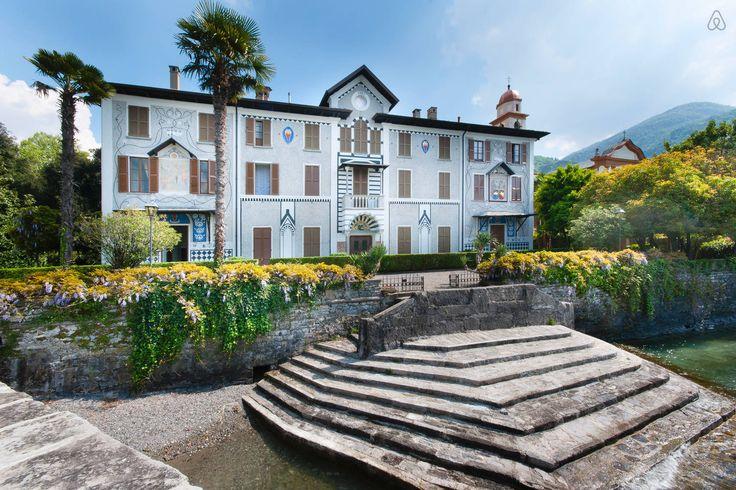 Da casa di campagna a villa in stile moresco, Villa Trotti Bentivoglio
