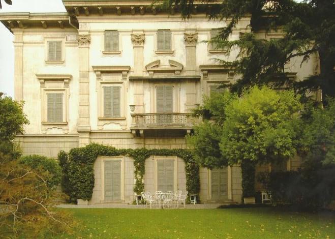 Il conte Allamel nella sua villa di Cernobbio