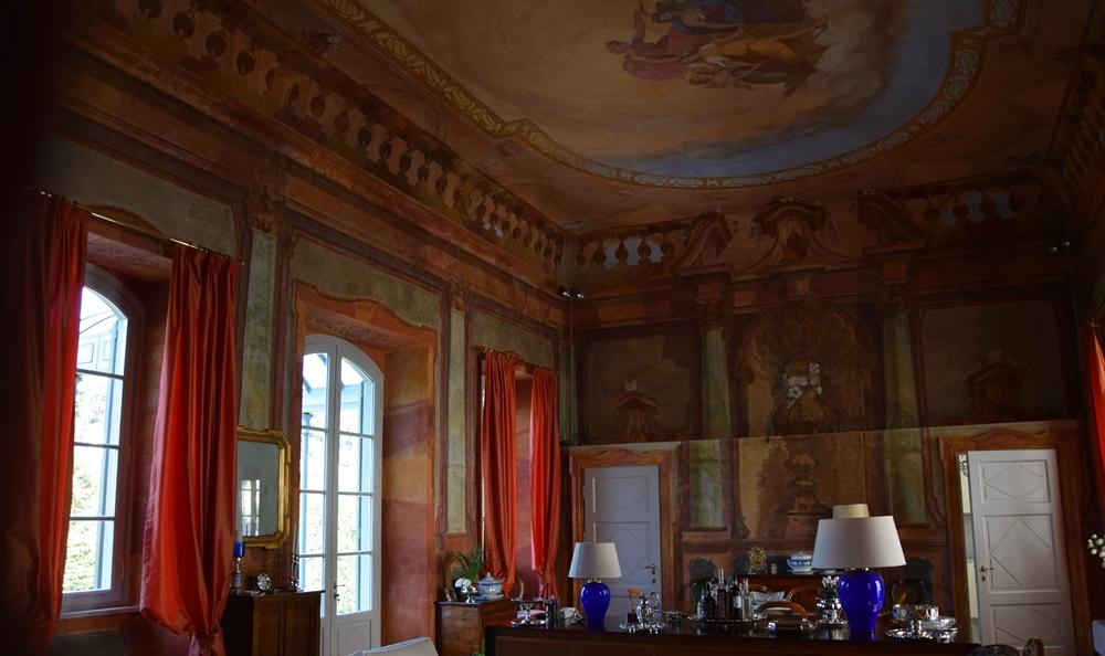 Gli affreschi del Salone da concerto di Villa di Delizia
